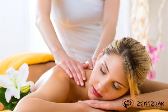 Recupérate del estrés  del día a día con 1 o 3 sesiones de masaje a elegir entre relajante o terapéutico ¡En el Centro de Bilbao!