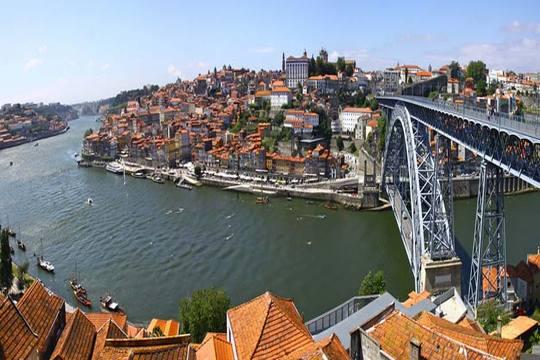 Puente de octubre en Oporto: 4 noches en hotel 4* con desayunos