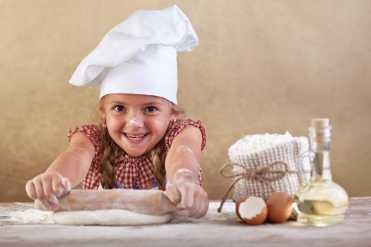 Tu hijo disfrutará cocinando y haciendo actividades en plena naturaleza en el campamento miniChef en Bocigas ¡Un planazo para las vacaciones!