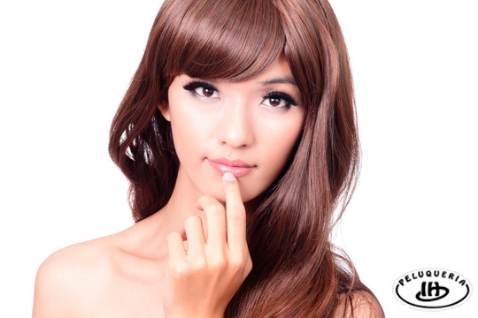 Si sientes tu pelo apagado o deshidratado, ¡necesita cuidados especiales! Acércate a Israel Hurtado para un tratamiento detox con peinado