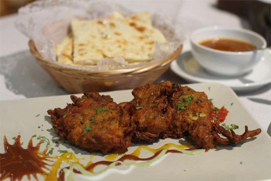 Menú degustación hindú de 8 platos con bebida (Centro de Vitoria)