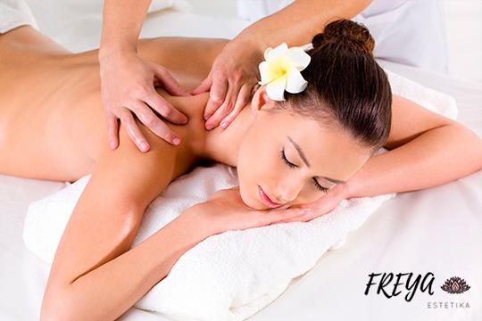 Masaje relajante o descontracturante en Freya Estetika ¡Con aromaterapia y en ambiente de música relajante y luz tenue!