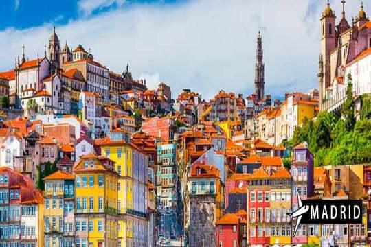 Descubre Oporto en mayo: Vuelo + 3 noches con desayunos