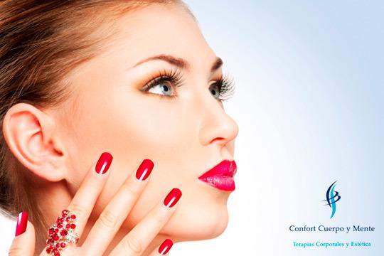 Ponte guapa en el centro Confort Cuerpo y Mente con una sesión de manicura y arreglo de cejas ¡Y añade tratamiento efecto lifting y depilación labio!