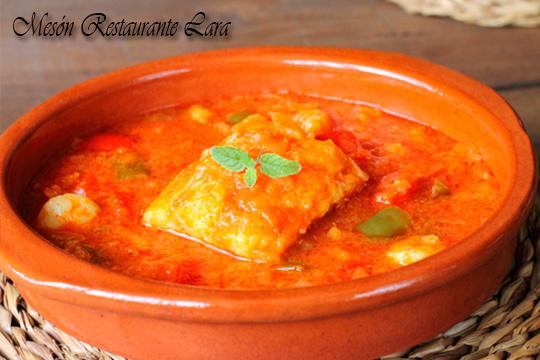 Menú con revuelto de la carta a elegir, entrecot, chuletillas o lubina y postre en el Mesón Restaurante Lara ¡Elegancia y tradición en Burgos!
