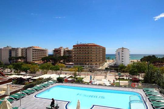 Vacaciones de lujo en la Costa Maresme ¡5 o 7 noches en AD o PC en el hotel Sirius 4* con circuito de Spa y parking incluido!