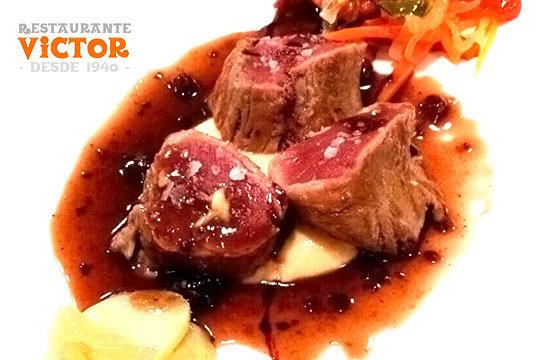 Disfruta de los sabores tradicionales y de calidad en la Plaza Nueva de Bilbao ¡el restaurante Victor te espera!