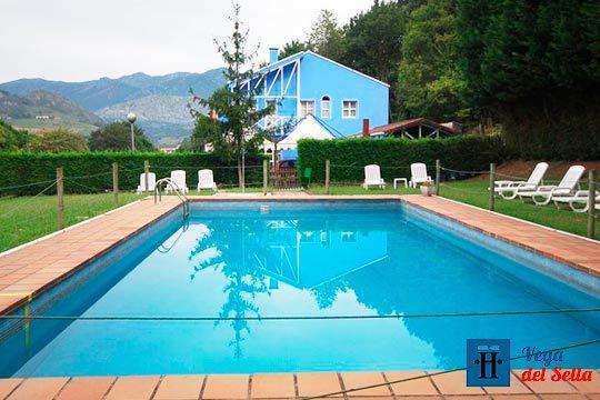 1 o 2 noches en el Hotel Vega del Sella con desayuno y botella de sidra ¡Añade una ruta a caballo, espeleología o descenso del Sella!