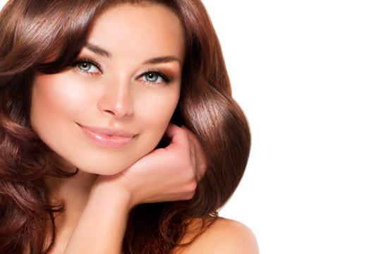 Recupera el brillo y combate la caída del cabello con el tratamiento regenerante del Centro Velvet ¡Incluye radiofrecuencia indiba, completo de vitaminas y aceites esenciales!