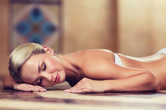 Hammam para 1 o 2 personas con baño turco, exfoliación y masaje relajante en Hammam las mil y una noches ¡Desconecta!