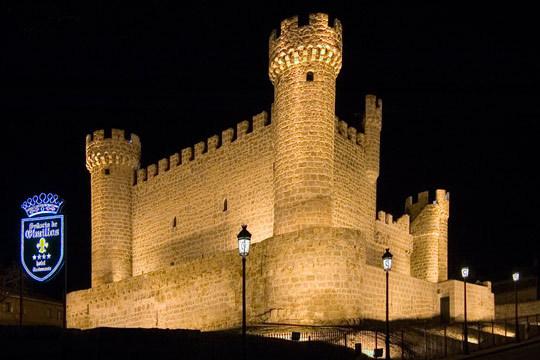 Noche con desayuno en el Castillo Hotel Señorio de Olmillos ¡escapada de reyes a Burgos!