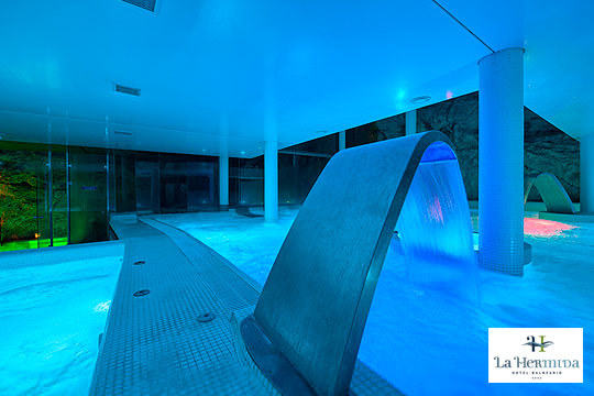 Relax total en el Balneario La Hermida **** de Cantabria ¡1, 2 o 3 noches, desayunos bufé y un completo circuito de aguas termales y opción a cena!