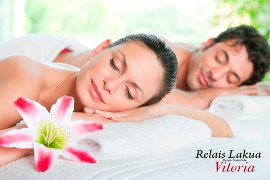 Date un capricho y alivia el estrés con 2 masajes relajantes de gama superior en Relaiss Lakua ¡20 minutos de relax para 2!