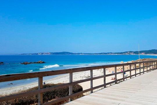 Maravíllate con los paisajes de la costa gallega en un viaje con 7 noches de alojamiento y pensión completa ¡Te encantará!