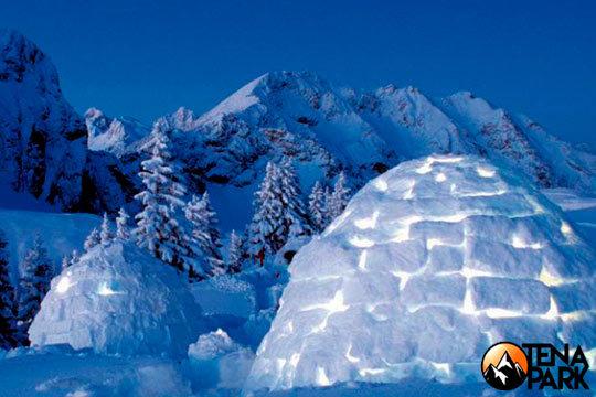 Escápate a la nieve y vive una auténtica aventura con una noche con desayuno y cena en un iglú ¡Incluye ruta de 30 min en moto de nieve!