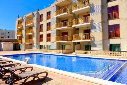 En agosto  septiembre disfruta de la costa catalana con 7 noches en apartamento en Cambrils para 4 personas ¡Un viaje que compartir con tu familia y amigos!