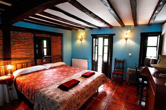 ¡Escapada a Cantabria con mucho encanto y relax! Pasa una noche estupenda con desayuno en la Posada Alfonso en Cóbreces ¡Si quieres puedes añadir un masaje de 30 minutos!
