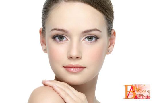 Luce un cutis radiante gracias a uno de los tratamientos faciales de alta cosmética de Belleza Abando ¡Elige entre un sesión de 30 o 60 minutos!
