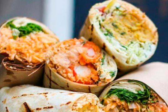 Menú Tex Mex para 2: Burritos + patatas fritas + Bebidas ¡Para llevar!