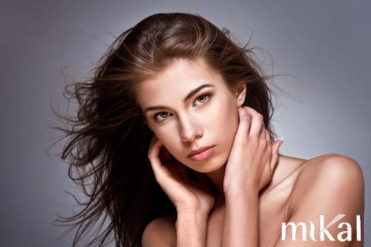 Ponte guapa en peluquería Mikal con una completa sesión con tratamiento de keratina + masaje craneal + mascarilla + corte y peinado