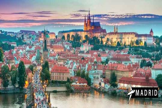 Mercadillo navideño en Praga desde Madrid: 3 noches en AD + visitas