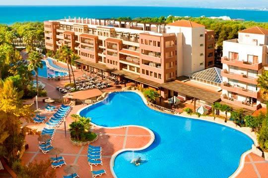¡Días de playa y sol en la Costa Dorada en el Puente de mayo! Estancia en hotel 4* en Salou