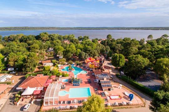 Disfruta de Semana Santa en las Landas en el camping Punta Lago / Puntaou 4* de Léon ¡en un mobil home para 4 o 6 personas!