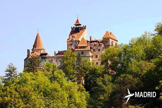 En junio y julio disfruta de Transilvania, cuna del Conde Drácula con vuelo desde Madrid y 3 noches con desayuno ¡Terroríficamente bello!