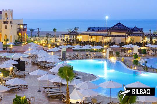 Disfruta de unas vacaciones de lujo con tu pareja o en familia en Marruecos ¡Relájate en un hotel de 5 estrellas en Saidia con todas las comodidades y en régimen de Todo Incluido!