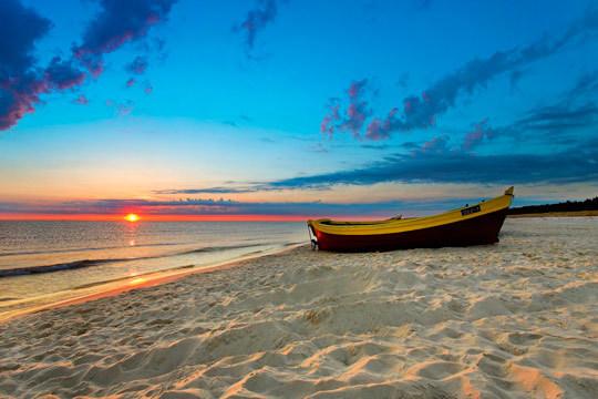 Esta Semana Santa disfruta del calor del Mediterráneo con 3 noches de alojamiento en pensión completa ¡Para 2 adultos y 2 niños!
