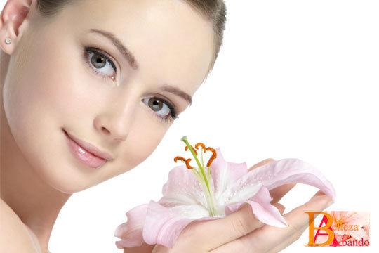 Rejuvenece tu rostro y recupera toda su vitalidad con un completo tratamiento facial con exfoliación, mascarilla oxigenante y masaje facial con shiatsu y método Kirei