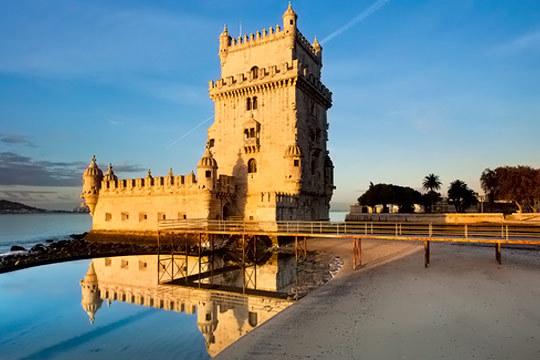 Descubre Portugal con el circuito en autocar 'Portugal al Completo' ¡Incluye hotel, almuerzos, visitas, seguro...!