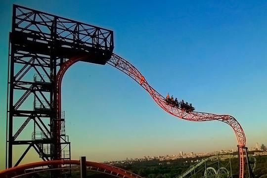 Escápate a Madrid y pasa una jornada divertida en familia o entre amigos en el Parque de Atracciones ¡3 x 2 entradas de un día!