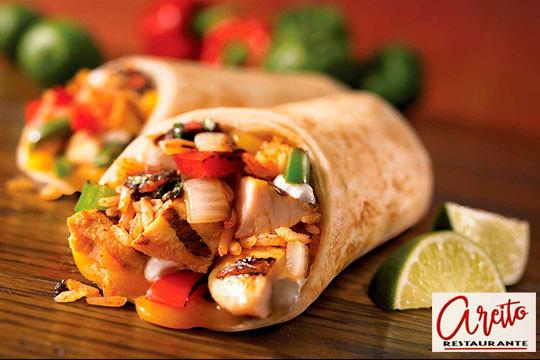 ¡Los mejores burritos mexicanos están en Areito Restaurante! Además incluye nachos gratinados y bebida para 2 personas