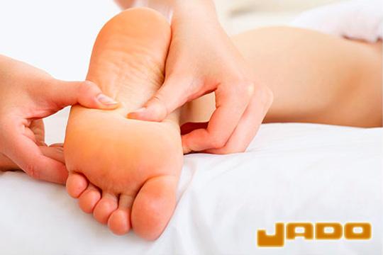 Cuida la salud de tus pies con una completa sesión de Quiropodia en Policlínica Jado ¡Salud y bienestar!