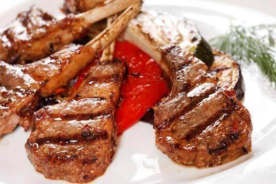 Disfruta de la cocina tradicional más auténtica con un menú degustación de 7 platos en el restaurante Al Andalus
