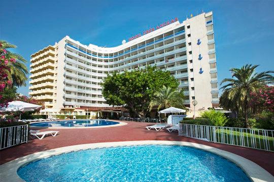 Estancia de 3 noches en hotel en Gandía ¡Pensión completa con entrada el 12 de octubre!