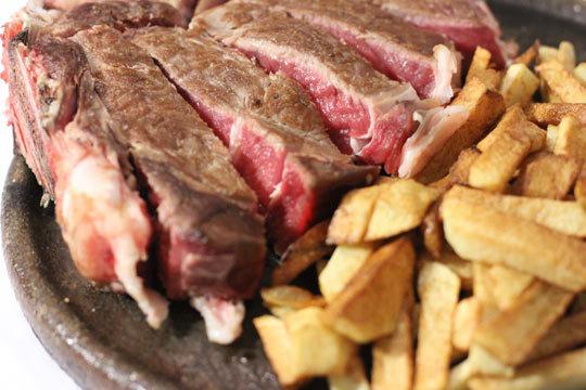 Descubre el nuevo Asador Benta Zahara con su exquisito menú degustación ¡Cocina de calidad con productos de temporada!