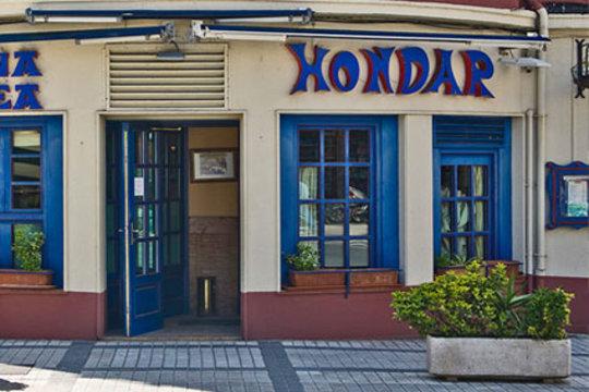 Menú con botella sidra en Hondar Jatetxea ¡En Hondarribia!
