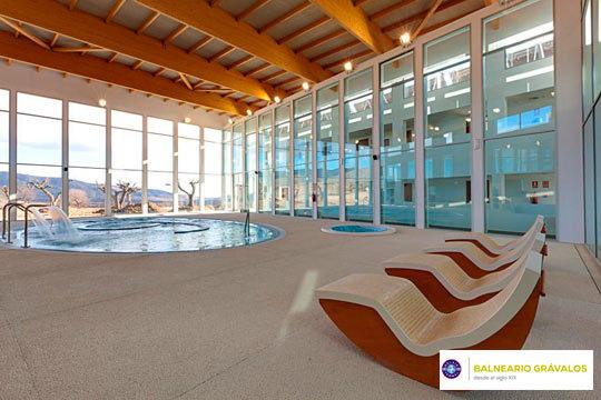 Relájate y date un capricho con una escapada al Balneario de Grávalos**** con noche de alojamiento + desayuno + circuito Spa ¡En La Rioja!