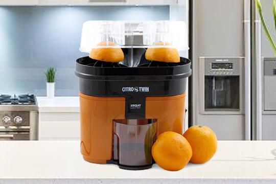 Robot exprimidor automático naranjas