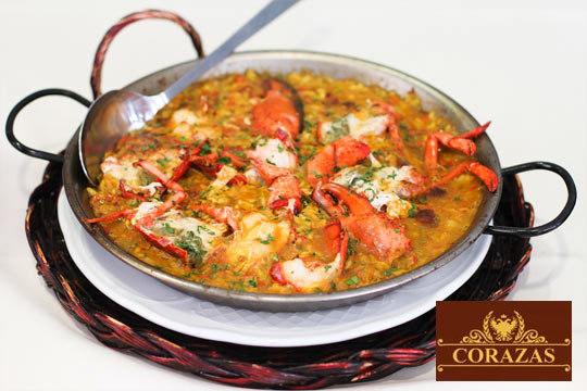 Degusta un auténtico menú de arroz con bogavante + entrante + postre y bebida en el Restaurante Las Corazas