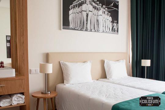 Descubre Oporto con la estancia de 2 o 3 noches con desayunos en el hotel Porto Coliseum ¡Incluye una experiencia gastronómica y entrada al Museo del Vino!