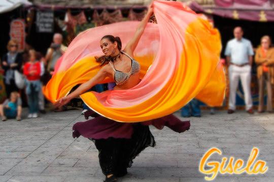 Ponte en forma, diviértete y aprende algo nuevo en este curso intensivo de danza oriental ¡Aprende los secretos de un baile milenario!