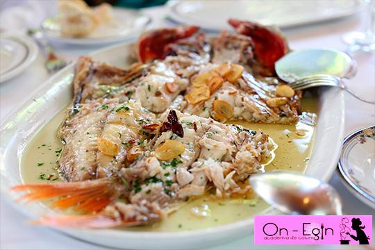 Aprende las técnicas de cocinado de pescado en la Academia de Cocina On Egin ¡3 recetas por día y degustación con maridaje!