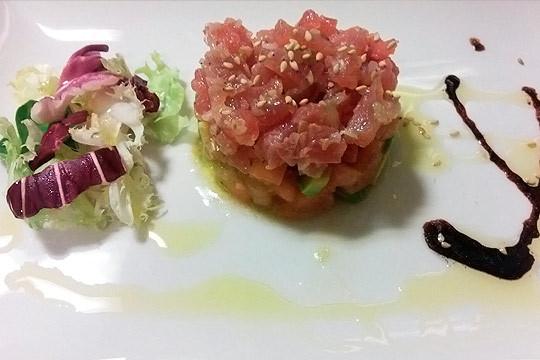 Disfruta de un exquisito menú de 6 platos en La Viña ¡Sabores nuevos
