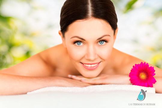 Sesión de renovación celular facial física o química con limpieza, mascarilla, elixir antiedad, masaje, ácido hialurónico...