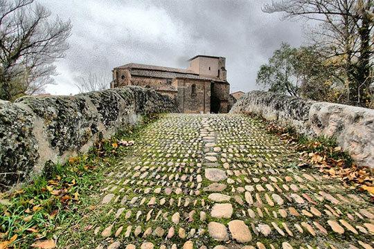 Disfruta del encanto de la provincia de Burgos con una escapada rural a Lences de Bureba ¡A solo 6km de la capital!
