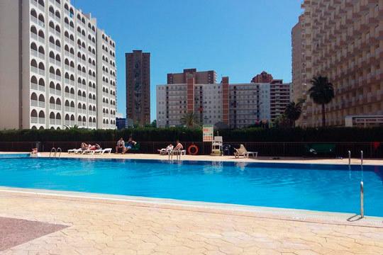 ¡Este verano escápate a la playa! 7 noches en un apartamento en Benidorm para 4 personas, ideal para familias y grupos de amigos