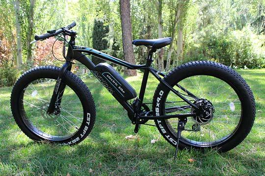 Necesito una fat bike, electrica por supuesto  Bici_electrica_fat2